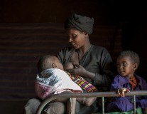 10 ways that breastfeeding fights extreme poverty